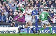 Twickenham. Surrey, UK., 16th February 2002, Six Nations International Rugby,  RFU Stadium, England vs Ireland,  [Mandatory Credit: Peter Spurrier/Intersport Images], England attack, Ben COHEN,<br /> <br /> The Lloyds TSB Six Nations Championship<br /> England v Ireland<br /> RFU - Twickenham<br /> 16/02/2002