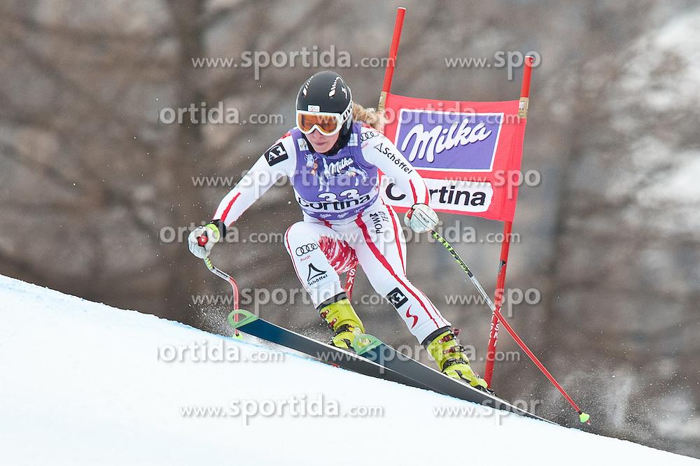 20.01.2011, Tofana, Cortina d Ampezzo, ITA, FIS World Cup Ski Alpin, Lady, Cortina, Abfahrt 2. Training, im Bild Mariella Voglreiter (AUT, #33) // Mariella Voglreiter (AUT) during FIS Ski Worldcup ladies downhill second training at pista Tofana in Cortina d Ampezzo, Italy on 20/1/2011. EXPA Pictures © 2011, PhotoCredit: EXPA/ J. Groder