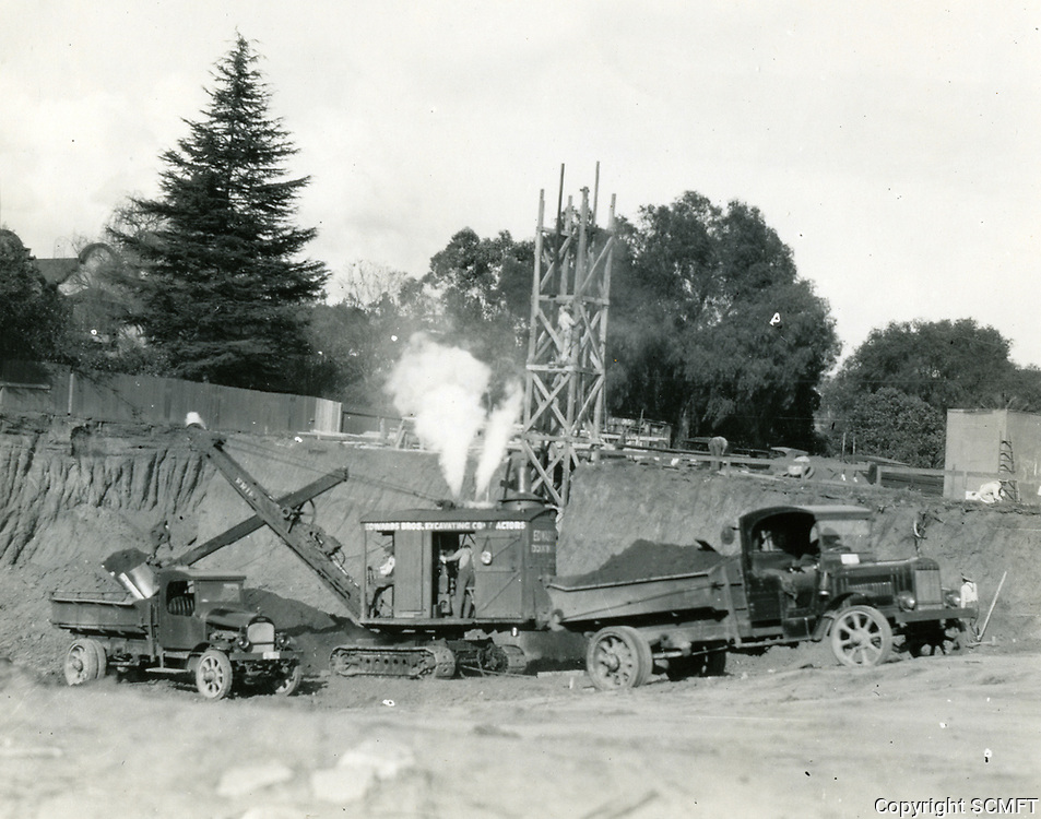 1926 Early days of construction of the Grauman's Chinese Theater