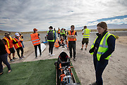 De Velox tijdens de vijfde racedag in Battle Mountain. Het Human Power Team Delft en Amsterdam, dat bestaat uit studenten van de TU Delft en de VU Amsterdam, is in Amerika om tijdens de World Human Powered Speed Challenge in Nevada een poging te doen het wereldrecord snelfietsen voor vrouwen te verbreken met de VeloX 8, een gestroomlijnde ligfiets. Het record is met 121,81 km/h sinds 2010 in handen van de Francaise Barbara Buatois. De Canadees Todd Reichert is de snelste man met 144,17 km/h sinds 2016.<br /> <br /> With the VeloX 8, a special recumbent bike, the Human Power Team Delft and Amsterdam, consisting of students of the TU Delft and the VU Amsterdam, wants to set a new woman's world record cycling in September at the World Human Powered Speed Challenge in Nevada. The current speed record is 121,81 km/h, set in 2010 by Barbara Buatois. The fastest man is Todd Reichert with 144,17 km/h.