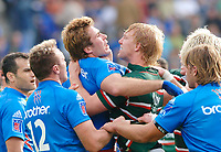 Photo: Henry Browne.<br /> Stade Francais v Leicester Tigers. Heineken Cup.<br /> 29/10/2005.<br /> Lewis Moody of Tigers gets in a fight with Shaun Sowerby of Stade.