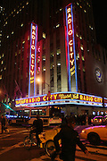 Atmosphere at Maxwell Concert at Radio City Music Hall on October 9, 2008