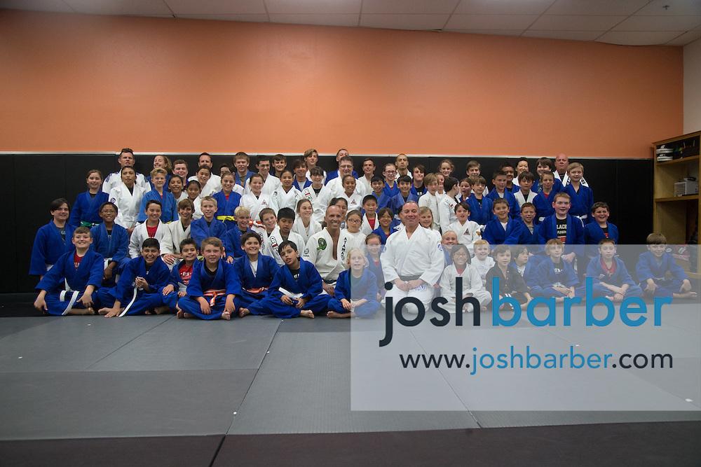 Group photo during a jiu-jitsu lesson at US Blackbelt Academy on Thursday, March 26, 2015 in Laguna Niguel, Calif. (Photo/Josh Barber)