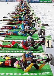 """22.01.2012, Südtirol Arena, Antholz, ITA, E.ON IBU Weltcup, 6. Biathlon, Antholz, Massenstart Damen, im Bild Übersicht über den Schiessstand, von vorne nach hinten, Magdalena Neuner (GER), Darya Domracheva (BLR), Kaisa Maekaeraeinen (FIN), Olga Zaitseva (RUS), Tora Berger (NOR) // Overview of the shooting range, from front to back, Magdalena Neuner (GER), Darya Domracheva (BLR), Kaisa Mäkäräinen (FIN), Olga Zaitseva (RUS), Tora Berger (NOR) during Mass Start Women E.ON IBU World Cup 6th, """"Southtyrol Arena"""", Antholz-Anterselva, Italy on 2012/01/22, EXPA Pictures © 2012, PhotoCredit: EXPA/ Juergen Feichter"""