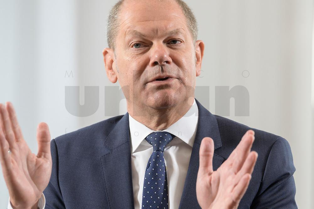 28 AUG 2020, BERLIN/GERMANY:<br /> Olaf Scholz, SPD, Bundesfinanzminister, waehrend einem Interview, Bundesministerium der Finanzen<br /> IMAGE: 20200828-01-021