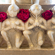 Detail of carved statues at Jain temple at Ranakpur