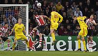 Photo: RIchard Lane.<br />PSV Eindhoven v Liverpool. UEFA Champions League, Quarter Final, 1st Leg. 03/04/2007. <br />Liverpool's Jamie Carragher goes close with a header.