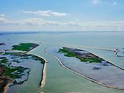 Nederland, Flevoland, Markermeer, 07-05-2021; Marker Wadden in het Markermeer. Gezien naar zuidoosten, Flevoland.<br /> Doel van het project van Natuurmonumenten en Rijkswaterstaat is natuurherstel, met name verbetering van de ecologie in het gebied, in het bijzonder de kwaliteit van bodem en water. De Marker Wadden archipel bestaat momenteel uit vijf eilanden, twee nieuwe eilanden zijn in ontwikkeling.<br /> Marker Wadden, artifial islands. The aim of the project is to restore the ecology in the area, in particular the quality of soil and water.<br /> The Marker Wadden archipelago currently consists of five islands, two new islands are under development.<br /> luchtfoto (toeslag op standard tarieven);<br /> aerial photo (additional fee required)<br /> copyright © 2021 foto/photo Siebe Swart