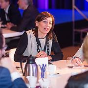 NLD/Rotterdam/20160113 - NL Groeit 2015, ronde tafel geprekken met ondernemers, Directeur Hermitage Amsterdam, Cathelijne Broers