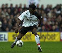 10/01/2004 - Photo  Peter Spurrier<br /> 2003/04 Barclaycard Premiership Fulham v Everton <br /> Louis Saha.