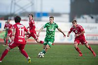 Fotball<br /> 25. Oktober 2015<br /> OBOS Ligaen<br /> Ågotnes Stadion<br /> Nest Sotra - Brann<br /> Jorge Alejandro Castro (4R) , Kasper Skaanes (3R) og Steffen Lie Skålevik (R) , Brann <br /> Kristoffer Zacariassen (2R) , Nest Sotra  <br /> Foto: Astrid M. Nordhaug