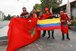 June 12, 2018 - Moscou, Rússia - MOSCOU, MO - 12.06.2018: GENERAL PICTURES MOSCOW 2018 - Moroccan and Colombian fans fraternize this Tuesday (12) in Moscow. (Credit Image: © Ricardo Moreira/Fotoarena via ZUMA Press)