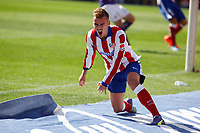 Atletico de Madrid´s Griezmann complains after missing a goal chance during 2014-15 La Liga Atletico de Madrid V Espanyol match at Vicente Calderon stadium in Madrid, Spain. October 19, 2014. (ALTERPHOTOS/Victor Blanco)