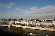 Parigi, vista sulla Senna. Paris, view on the Seine