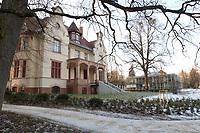 15 JAN 2002, POTSDAM/GERMANY:<br /> Truman-Haus, Gebaeude der Friedrich-Naumann-Stiftung, Karl-Marx-Strasse<br /> IMAGE: 20020115-02-004<br /> KEYWORDS: Gebäude, Haus