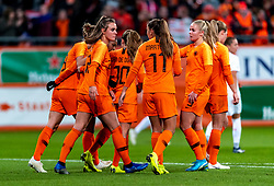 09-11-2018 NED: UEFA WC play-off final Netherlands - Switzerland, Utrecht<br /> European qualifying for the 2019 FIFA Women's World Cup - Vivianne Miedema #9 of Netherlands, Jill Roord #12 of Netherlands