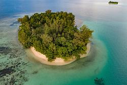 Luftaufnahme der Insel Lissenung, Insel Lissenung, Kavieng, Papua Neu Guinea, Bismarksee, Salomonensee, Pazifischer Ozean, Pazifik / Aerial View from Lissenung Island, Bismark Sea, Solomon Sea, Pacific Ocean