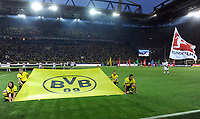 Fotball<br /> Tyskland<br /> 24.08.2012<br /> Foto: Witters/Digitalsport<br /> NORWAY ONLY<br /> <br /> Saisoneroeffnung, BvB-Fahne im Signal Iduna Park<br /> Fussball Bundesliga, Borussia Dortmund - SV Werder Bremen