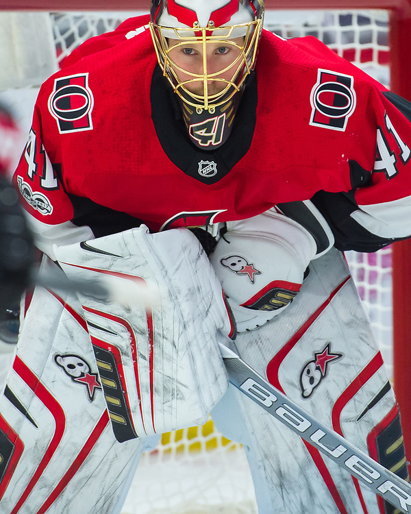 OTTAWA, ON - OCTOBER 21: Ottawa Senators Goalie Craig Anderson (41) looks on during the NHL game between the Ottawa Senators and the Toronto Maple Leafs on Oct. 21, 2017 at the Canadian Tire Centre in Ottawa, Ontario, Canada. (Photo by Steven Kingsman/Icon Sportswire)