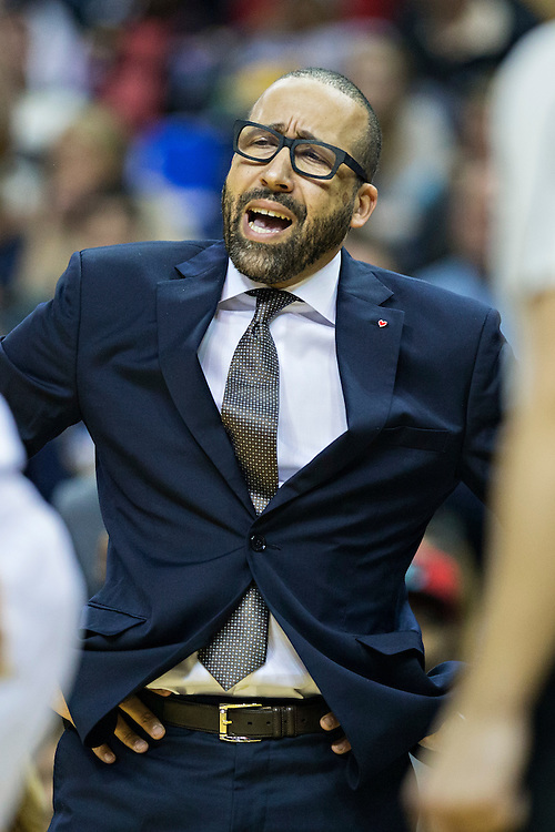 MEMPHIS, TN - DECEMBER 10:  Head Coach David Fizdale of the Memphis Grizzlies working the bench during a game against the Golden State Warriors at the FedExForum on December 10, 2016 in Memphis, Tennessee.  The Grizzlies defeated the Warriors 110-89.  NOTE TO USER: User expressly acknowledges and agrees that, by downloading and or using this photograph, User is consenting to the terms and conditions of the Getty Images License Agreement.  (Photo by Wesley Hitt/Getty Images) *** Local Caption *** David Fizdale
