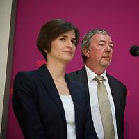 DEU, Deutschland, Germany, Berlin, 10.06.2013:<br />Pressekonferenz im Willy-Brandt-Haus. Hier Rolf Kleine (R), der neue Sprecher von SPD-Kanzlerkandidat Peer Steinbrück, und Jarmila Schneider (L), stellvertretende Pressesprecherin des SPD-Kanzlerkandidaten.