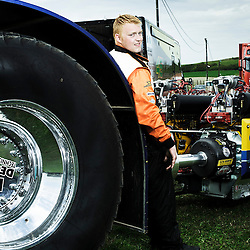 BOUCONVILLE, FRANCE. AUGUST 21, 2011. Double D tractor and driver Veldhuizen. Tractor Pulling: Eurocup 2011. Photo: Antoine Doyen