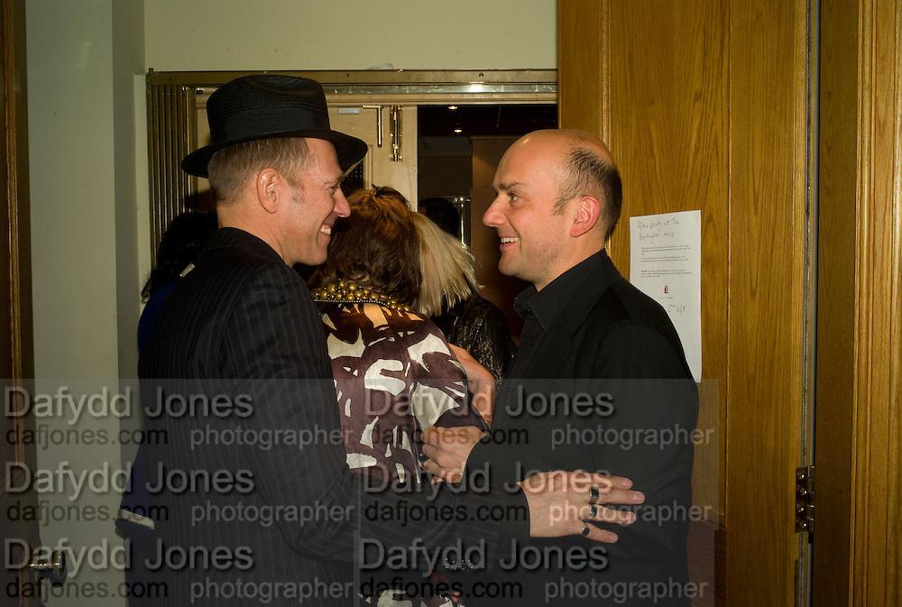 PAUL SIMONON AND MARC QUINN, Paul Simonon  *** Local Caption *** -DO NOT ARCHIVE-© Copyright Photograph by Dafydd Jones. 248 Clapham Rd. London SW9 0PZ. Tel 0207 820 0771. www.dafjones.com.