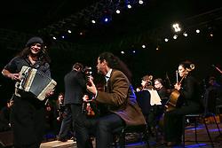 Renato Borghetti e Orquestra da Unisinos 38ª Expointer, que ocorre entre 29 de agosto e 06 de setembro de 2015 no Parque de Exposições Assis Brasil, em Esteio. FOTO: André Feltes/ Agência Preview
