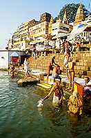 Dasashwamedh Ghat (bathing ghats on the RIver Ganges), Varanasi (Benares), Uttar Pradesh, India