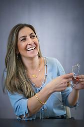 Gisele Nader é Médica pela Universidade Federal de Pelotas (2003), Especialista em Medicina de Família e Comunidade pelo Grupo Hospitalar Conceição e pela Sociedade Brasileira de Medicina de Família e Comunidade (2005), Internship em Pesquisa na Organização Mundial da Saúde (2005), Mestre em Epidemiologia pelo Programa de Pós Graduação em Epidemiologia da Universidade Federal de Pelotas (2008), Doutora em Epidemiologia pela Universidade Federal do Rio Grande do Sul (2011), Fellow em Primary Health Care pela Universidade de Oxford (2015), Professora Associada da Universidade Federal de Ciências da Saúde de Porto Alegre (2009-atual), Gerente Médica do Hospital Moinhos de Vento. FOTO: Jefferson Bernardes/ Agência Preview