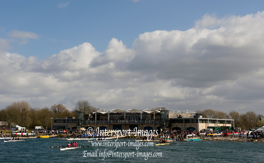 Eton, Great Britain, Crew leaving the boathouse area to paddle to the start for the 2009 Scullery Dorney Lake, Eton Rowing Centre, 09.03.2009 [Mandatory Credit Peter Spurrier] Rowing Courses, Dorney Lake, Eton. ENGLAND