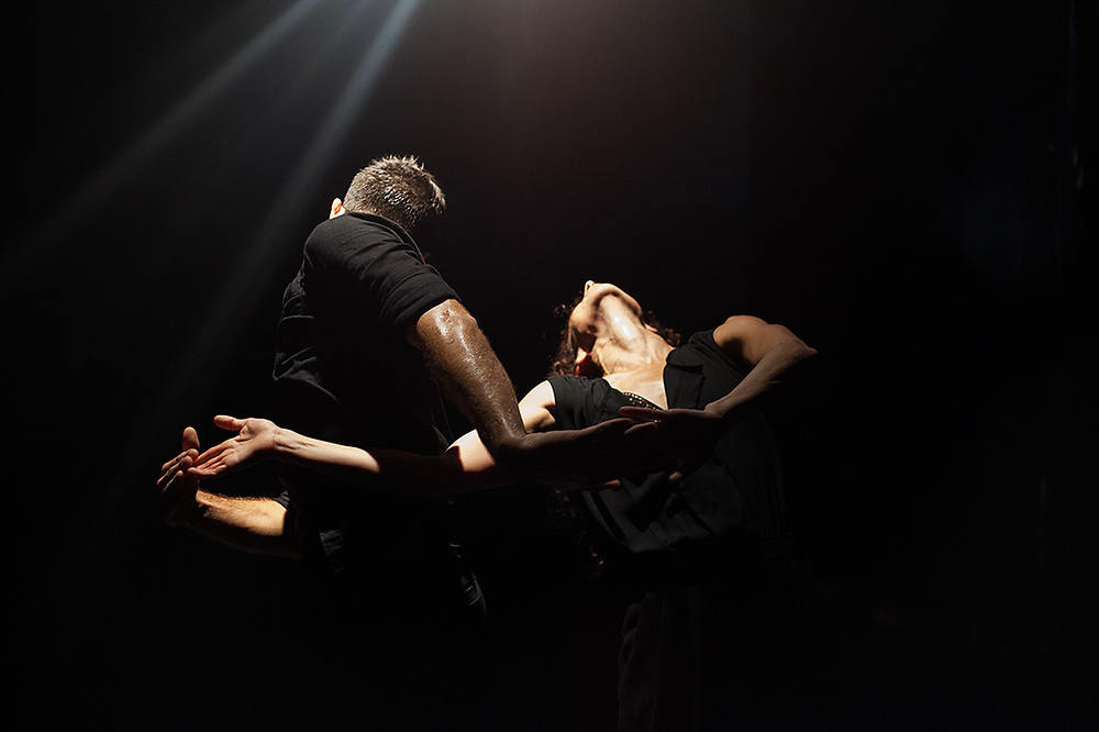 LIGHTHOUSE_ by Sonia Rodriguez & Enrico Paglialunga - General rehearsal -Acker Stadt Palast BERLIN August 2019
