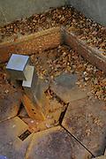 Belgische Ardennen vormen een bosrijk laaggebergte in oostelijk België (een groot deel van Wallonië). // Belgian Ardennes is a wooded low mountains in eastern Belgium (a large part of Wallonia).<br /> <br /> Op de foto / On the photo: De Barisart Bron / The Barisart Source<br /> <br />  Spa was tot ongeveer 1980 het belangrijkste toeristische centrum van de Ardennen. De geneeskrachtige werking van het ijzer- en koolzuurhoudend water was al in de 16e eeuw bekend. In 1764 werd de eerste badinrichting gebouwd en kreeg de stad bekendheid als kuuroord. /// Spa was until about 1980 the main tourist center of the Ardennes. The medicinal properties of the iron and carbonated water was already known in the 16th century. In 1764 the first bathhouse was built and was known as a spa town.