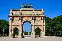 France, Paris (75), Arc de Triomphe de la place du Carrousel du Louvre durant le confinement du Covid 19 // France, Paris, Arc de Triomphe in the Place du Carrousel du Louvre during the lockdown of Covid 19