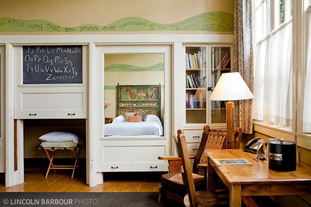 McMenamins' Kennedy School hotel room.