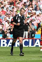 Photo: Mark Stephenson.<br /> Sheffield United v Watford. The Barclays Premiership. 28/04/2007.Referee Mr M Atkinson