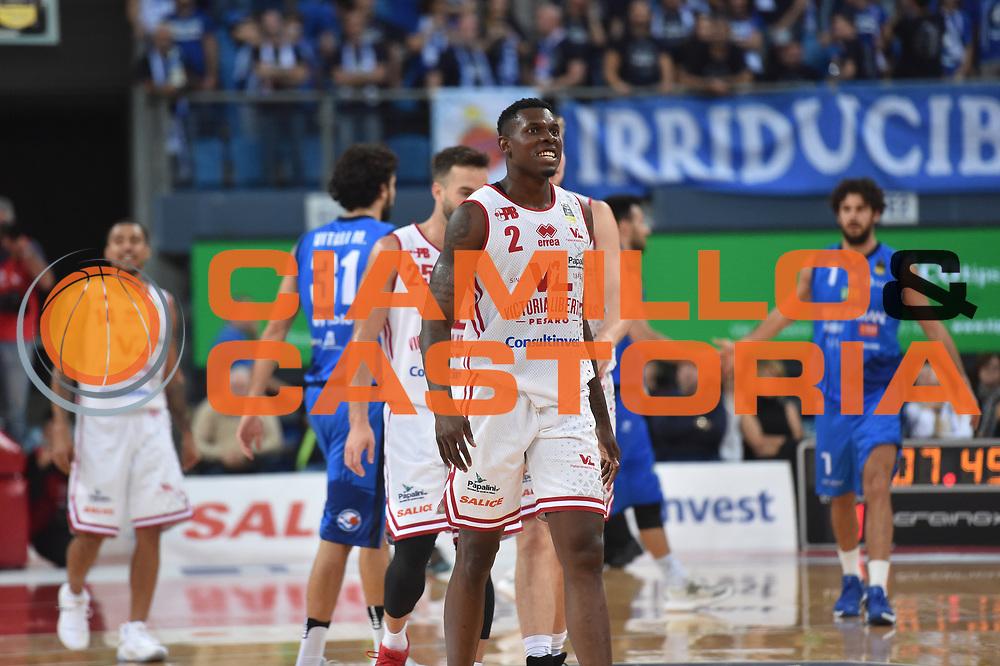 Emmanuel Omogbo<br /> Vuelle VL Pesaro - Germani Leonessa Basket Brescia<br /> Lega Basket Serie A 2017/2018<br /> Pesaro, 01/10/2017<br /> Foto GiulioCiamillo / Ciamillo - Castoria
