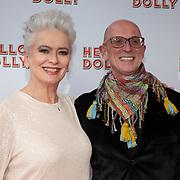 NLD/Rotterdam/20200308 - Premiere Hello Dolly, Doris Baaten en partner Joris van Bennekom