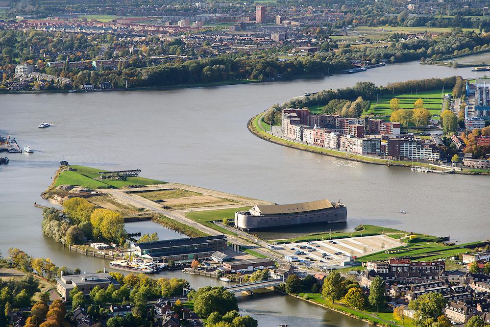 Nederland, Zuid-Holland, Dordrecht, 23-10-2013; Zicht op de stad Dordrecht en de rivieren Beneden-Merwede uitmondend in Oud Maas. Midden in beeld de toeristische attractie de houten ark van Noach.<br /> View on the rivers and the city of Dordrecht. <br /> luchtfoto (toeslag op standaard tarieven);<br /> aerial photo (additional fee required);<br /> copyright foto/photo Siebe Swart.