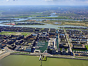 Nederland, Noord-Holland, Amsterdam; 16-04-2021; IJburg, Haveneiland met jachthaven aan de <br /> Krijn Taconiskade,  IJburg hoofdsluis Bert Haanstrakade.<br /> IJburg, Haveneiland with marina on the Krijn Taconiskade, IJburg main lock Bert Haanstrakade.<br /> <br /> luchtfoto (toeslag op standard tarieven);<br /> aerial photo (additional fee required)<br /> copyright © 2021 foto/photo Siebe Swart