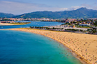 Espagne, Pays Basque, Guipuscoa, Fontarrabie, plage d'Hondarribia // Spain, Basque Country, Guipuscoa, Hondarribia, Hondarribia beach
