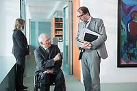 14 JAN 2014, BERLIN/GERMANY:<br /> Wolfgang Schaeuble (L), CDU, Bundesfinanzminister, und Alexander Dobrindt (R), CSU, Bundesverkehrsminister, im Gespraech, vor Beginn der Kabinettsitzung, Bundeskanzleramt<br /> IMAGE: 20150114-01-016<br /> KEYWORDS: Sitzung, Kabinett, Wolfgang Schäuble, Gespräch