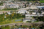 Nederland, Gelderland, Arnhem, 30-09-2015; stationsgebied Arnhem, Utrechtseweg en Utrechtsestraat. Aan het spoor links en verscholen onder de bomen Museum Arnhem (voorheen Gemeentemuseum Arnhem en Museum voor Moderne Kunst Arnhem). Verder  kantoor Nuon, ArtEz hogeschool voor de kunsten (voorgrond).<br /> Arnhem Art axes with Museum for modern art and Art School<br /> luchtfoto (toeslag op standard tarieven);<br /> aerial photo (additional fee required);<br /> copyright foto/photo Siebe Swart
