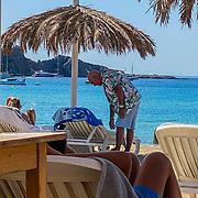 NL/Spanje/202000727- Rene van de Gijp op huwelijksreis met p Minouche de Jongartner