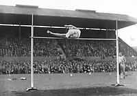 H901<br /> Aonach Tailteann Athletics - Croke Park. McGinnes U.S.A. high jump.  August 16 1928. C. McGinnis USA winner of the high jump. (Part of the Independent Newspapers Ireland/NLI Collection)
