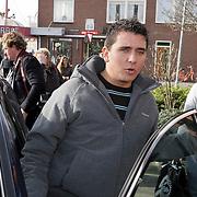NLD/Volendam/20080301 - Signeersessie Jan Smit, Jan in zijn auto