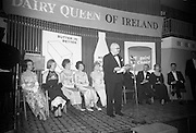 Dairy Queen of Ireland Crowned. The competitors are Geraldine Coogan (winner), Florance Cash, Esther Jordan, Margaret McMullen, Linda McNamee and Marie O'Malley.<br /> 20.01.1966