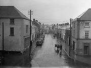 30/03/1957 <br /> Views of towns in Ireland. Main Street, Portarlington, Co. Leix (Laois).