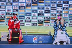 15.02.2021, Cortina, ITA, FIS Weltmeisterschaften Ski Alpin, Alpine Kombination, Siegerehrung, im Bild Goldmedaillen Gewinner und Weltmeister Marco Schwarz (AUT), Goldmedaillen Gewinnerin und Weltmeisterin Mikaela Shiffrin (USA) // Gold Medalist and World Champion Marco Schwarz of Austria Gold Medalist and World Champion Mikaela Shiffrin of the USA during the winner ceremony for the alpine combined of FIS Alpine Ski World Championships 2021 in Cortina, Italy on 2021/02/15. EXPA Pictures © 2021, PhotoCredit: EXPA/ Johann Groder