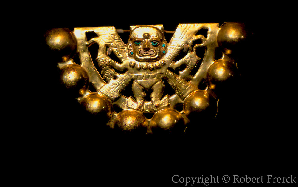 PERU, PREHISPANIC, GOLD Mochica; Lord of Sipan rattle